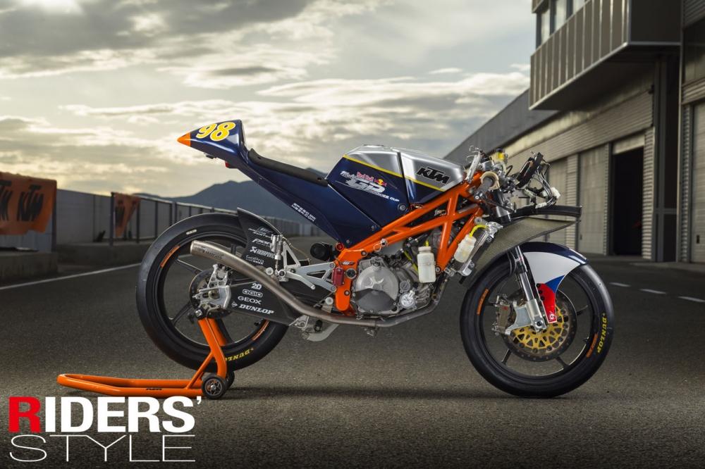 KTM RC250R Moto3工廠賽車測試