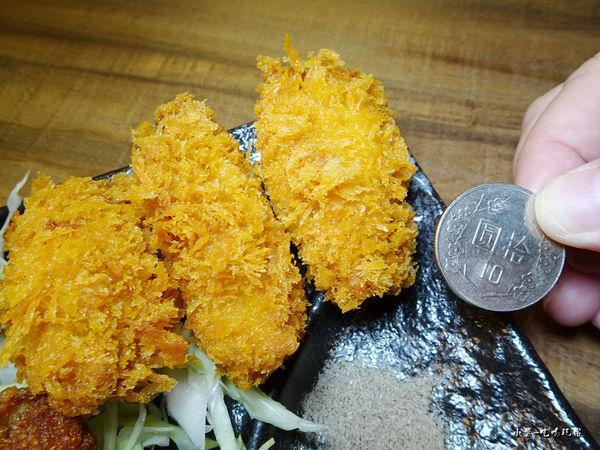 炸牡蠣 (1).jpg