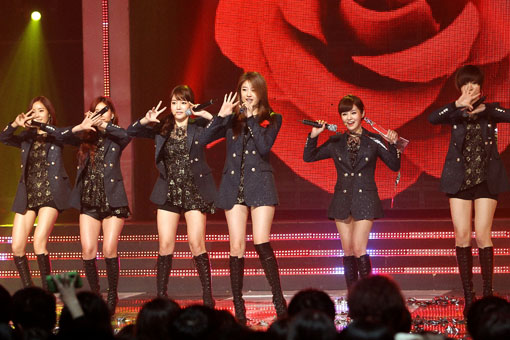 /p p        M! Countdown頒獎禮 T-ARA、泫雅尬美腿!/p p