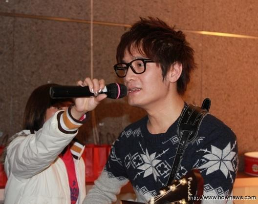 /p p        專訪/創作歌手羅文裕:音樂若是武器,音符就像溫柔子彈/p p