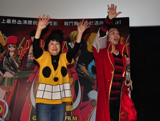 田中真弓(左)與山口勝平(右)出席聲優見面會,親切與在場所有觀眾打招呼。(圖/采昌國際多媒體)