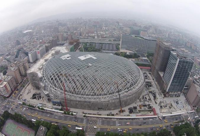 遠雄建設因大巨蛋一案和台北市政府歧見加大,外資怕掃到柯P颱風尾,3月份起轉買為賣,2個月賣超遠雄1萬2千多張。(photo by 民眾提供)