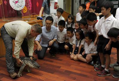 爬虫专家提倡保育动物