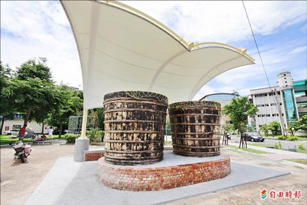 潮州咸菜桶装置艺术 被当垃圾桶