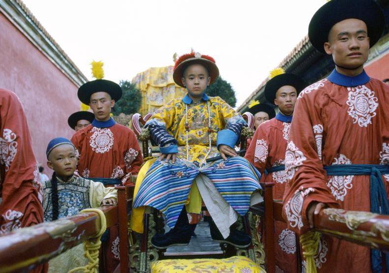 《末代皇帝》超大場面拍攝,動用超過2萬名演員