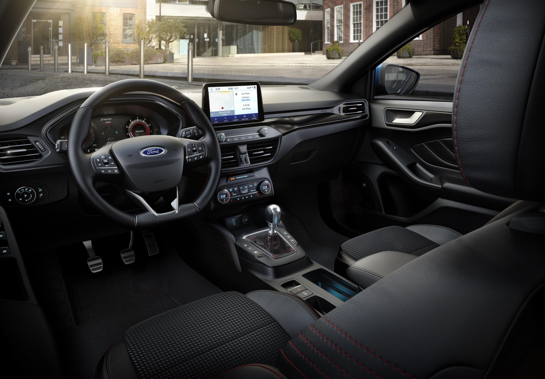 Ford_Focus_2020_07.jpg