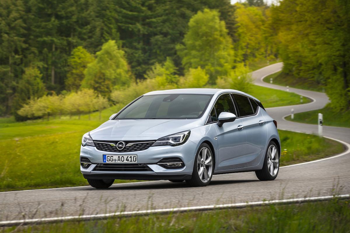 Opel-Astra-507804.jpg