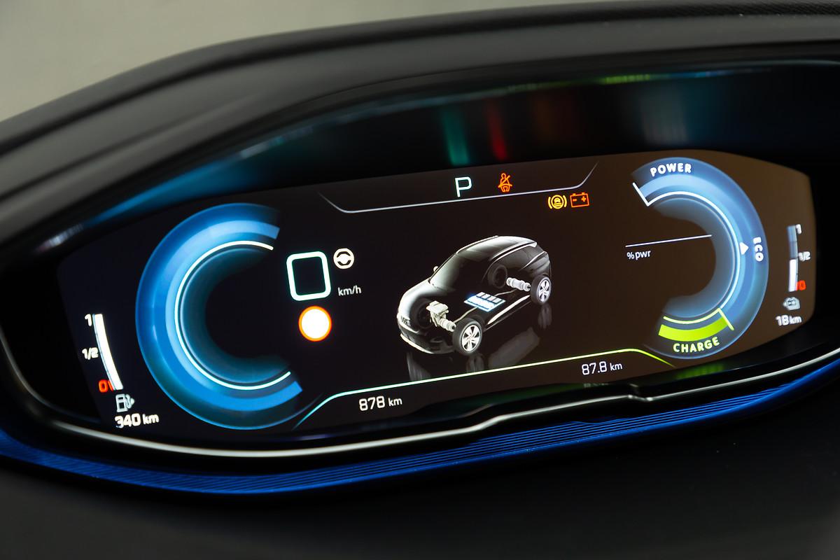2021-Peugeot-3008-Facelift-8.jpg