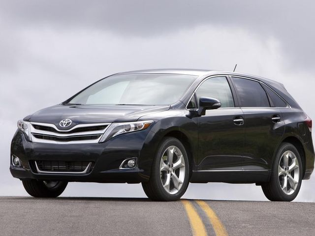 2013-toyota-venza-limited-photo-450747-s-986x603.jpg