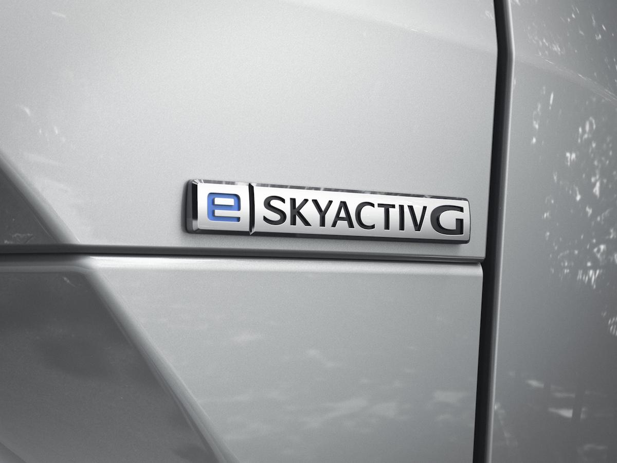 2.2020_mx-30_jpn_rhd_ext_badge_e-skyactiv_g_l.jpg