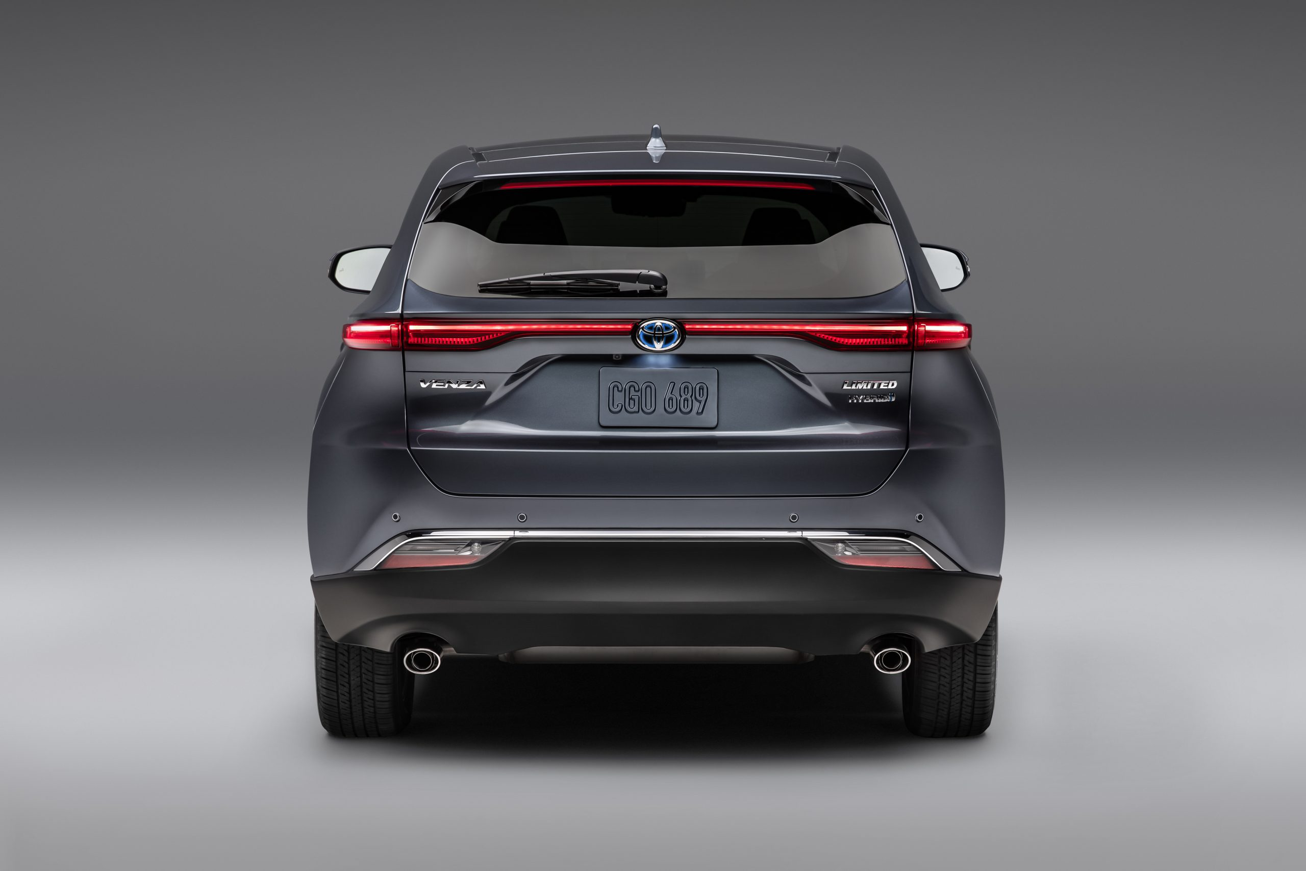 2021-Toyota-Venza_Exterior_005-scaled.jpg