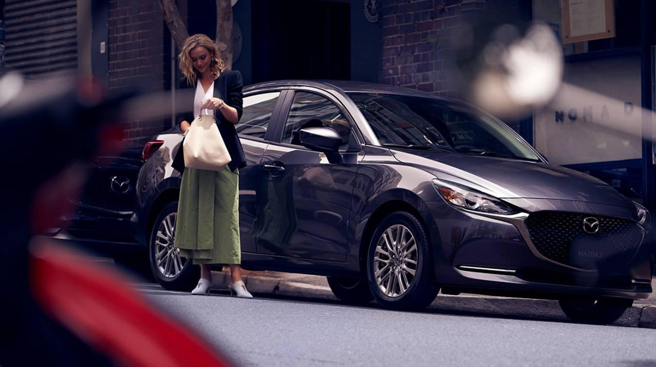 2020-Mazda2-Sedan-Mexico-spec-2.jpg