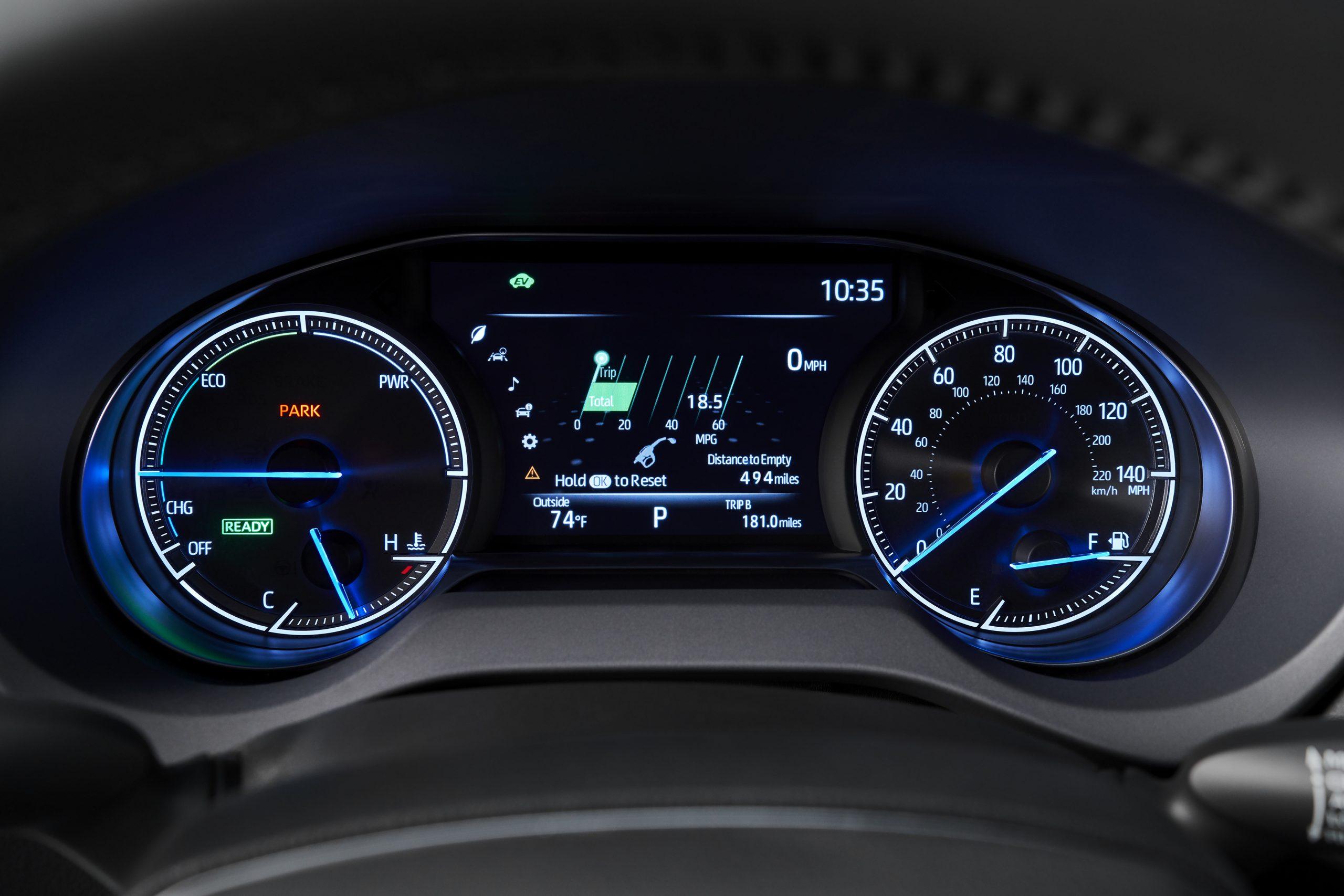 2021-Toyota-Venza_Interior_005-scaled.jpg