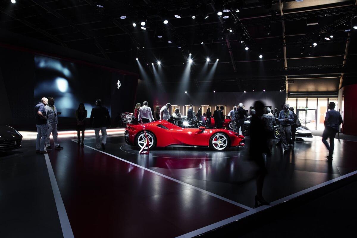 Universo-Ferrari_SF90-Stradale_3.jpg