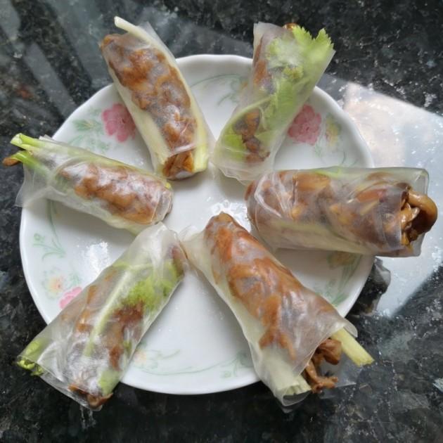 香芹秀珍菇素米紙卷 - Yahoo奇摩新聞