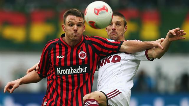 Bundesliga - N�rnberg entf�hrt Punkt aus Frankfurt