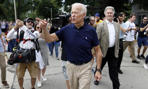 Biden jabs leftwing Democrats and says Trump a bully hed smack in the mouth