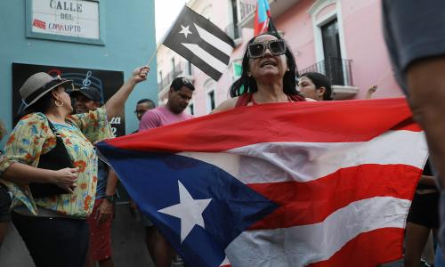 Puerto Rico: thousands protest governors sexist and homophobic texts