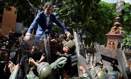 Maduro accused of parliamentary 'coup' after replacing Guaidó as president of assembly