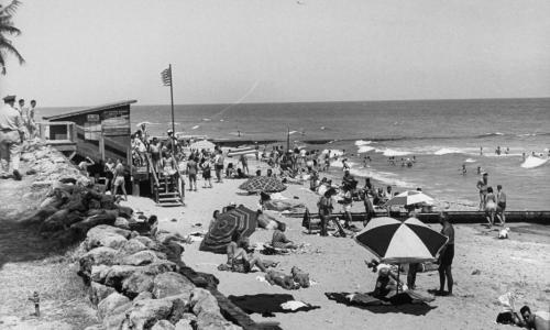 Race, wealth and public spaces: US beaches are a new flashpoint of the lockdown