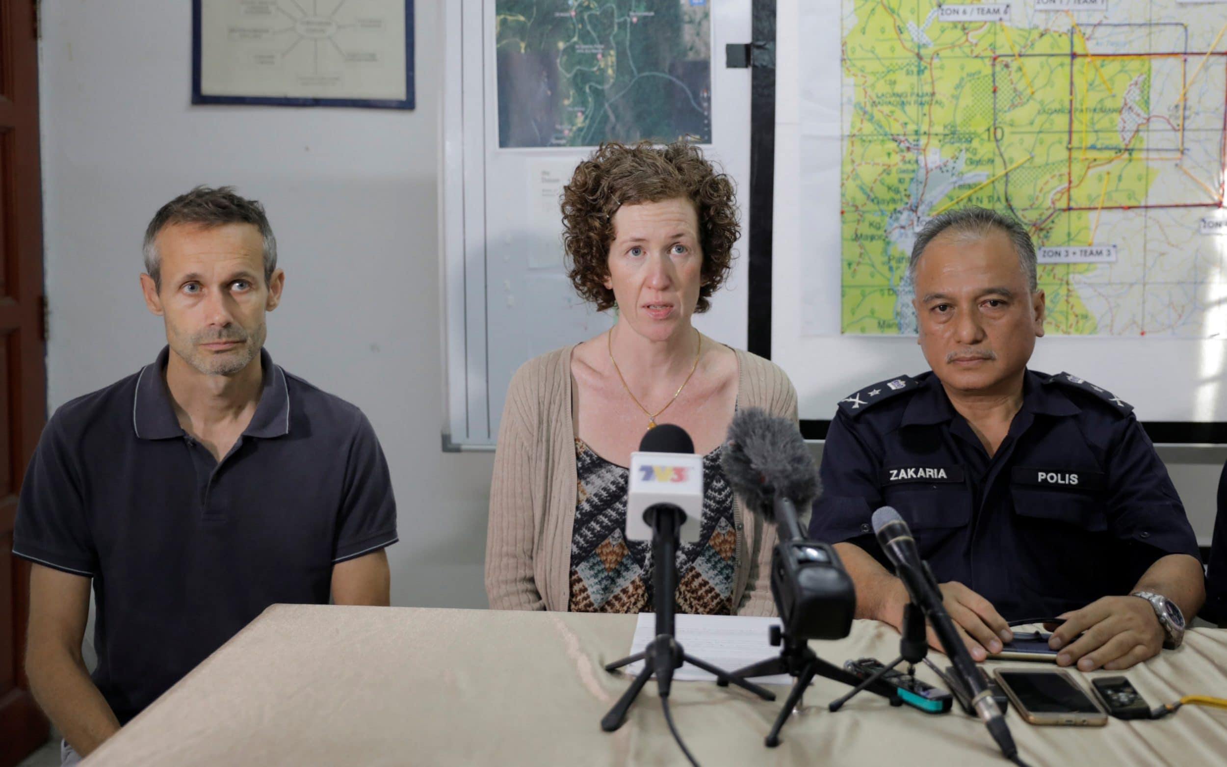 Malaysian shamans conduct rituals to help locate missing Nora Quoirin