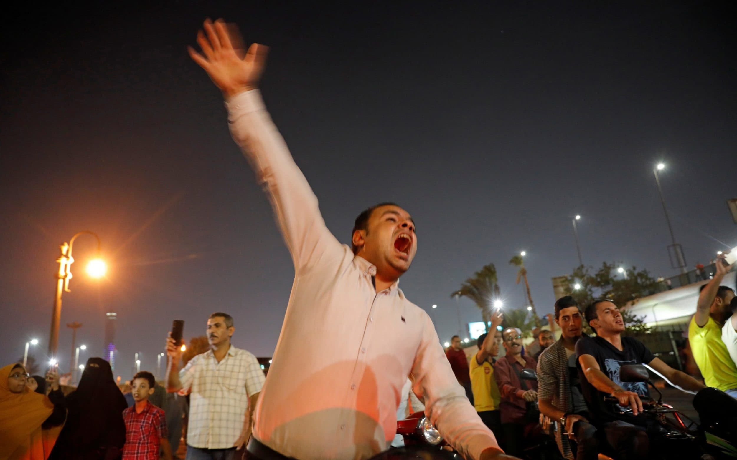 Egypts hardline president el-Sissi faces calls to quit in rare protests