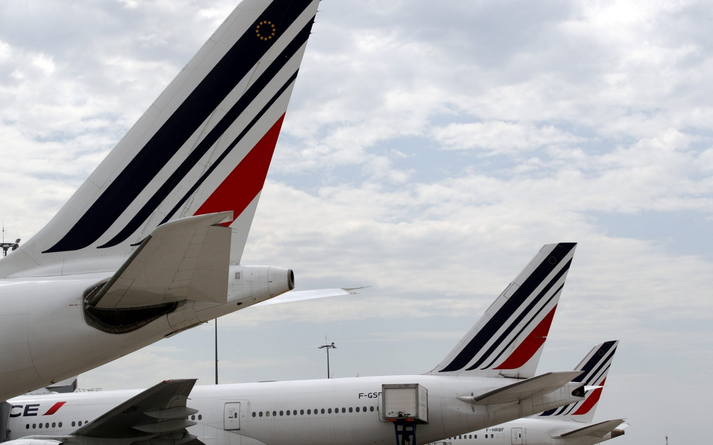 Body of child stowaway found in Air France landing gear after Ivory Coast to Paris flight
