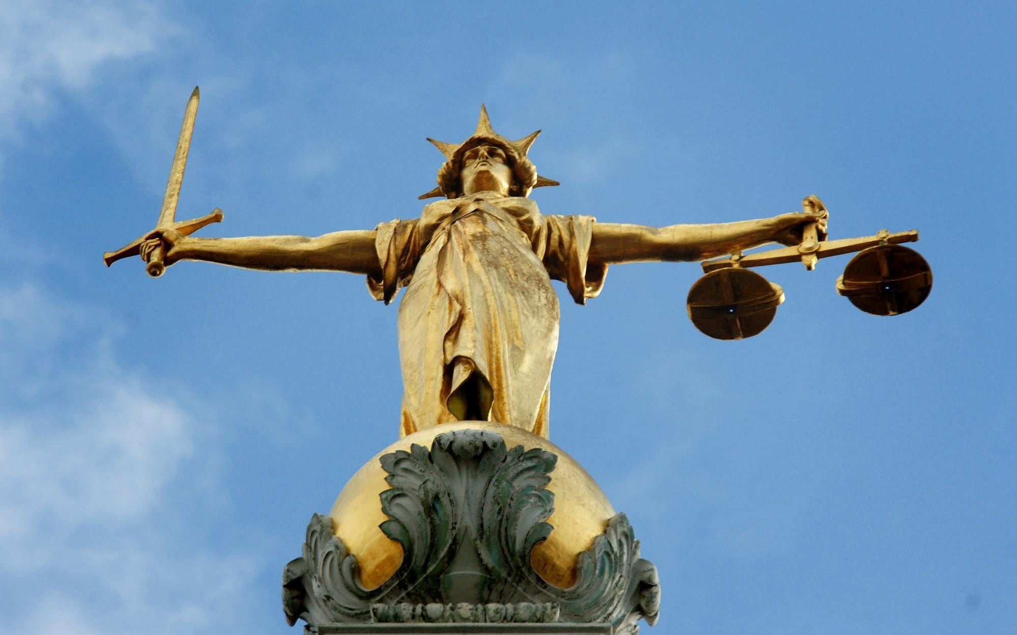 Drug dealer spared jail after telling judge his baldness had ruined his life