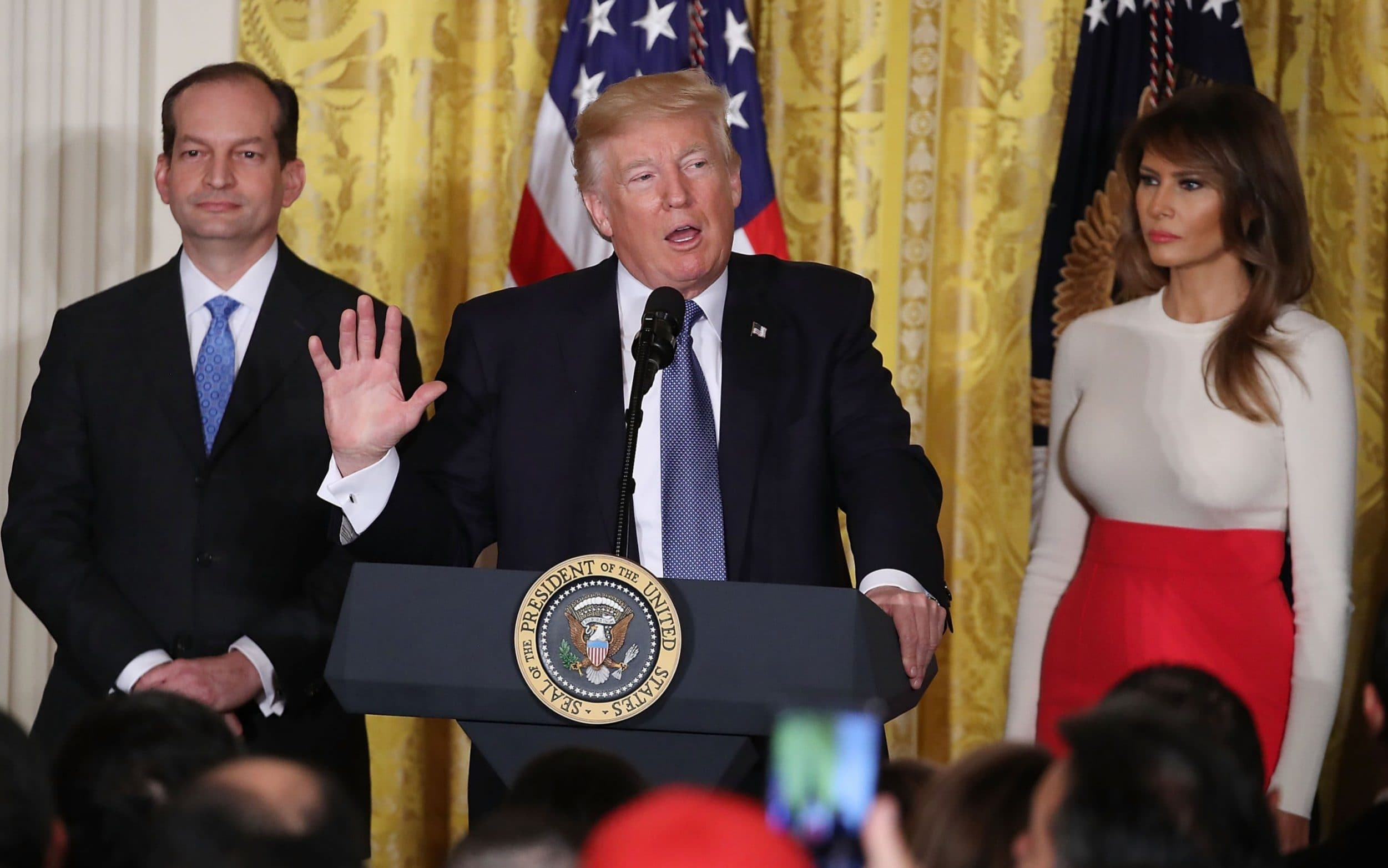 Donald Trumps labour secretary Alex Acosta resigns after outcry over Andrew Epstein plea deal