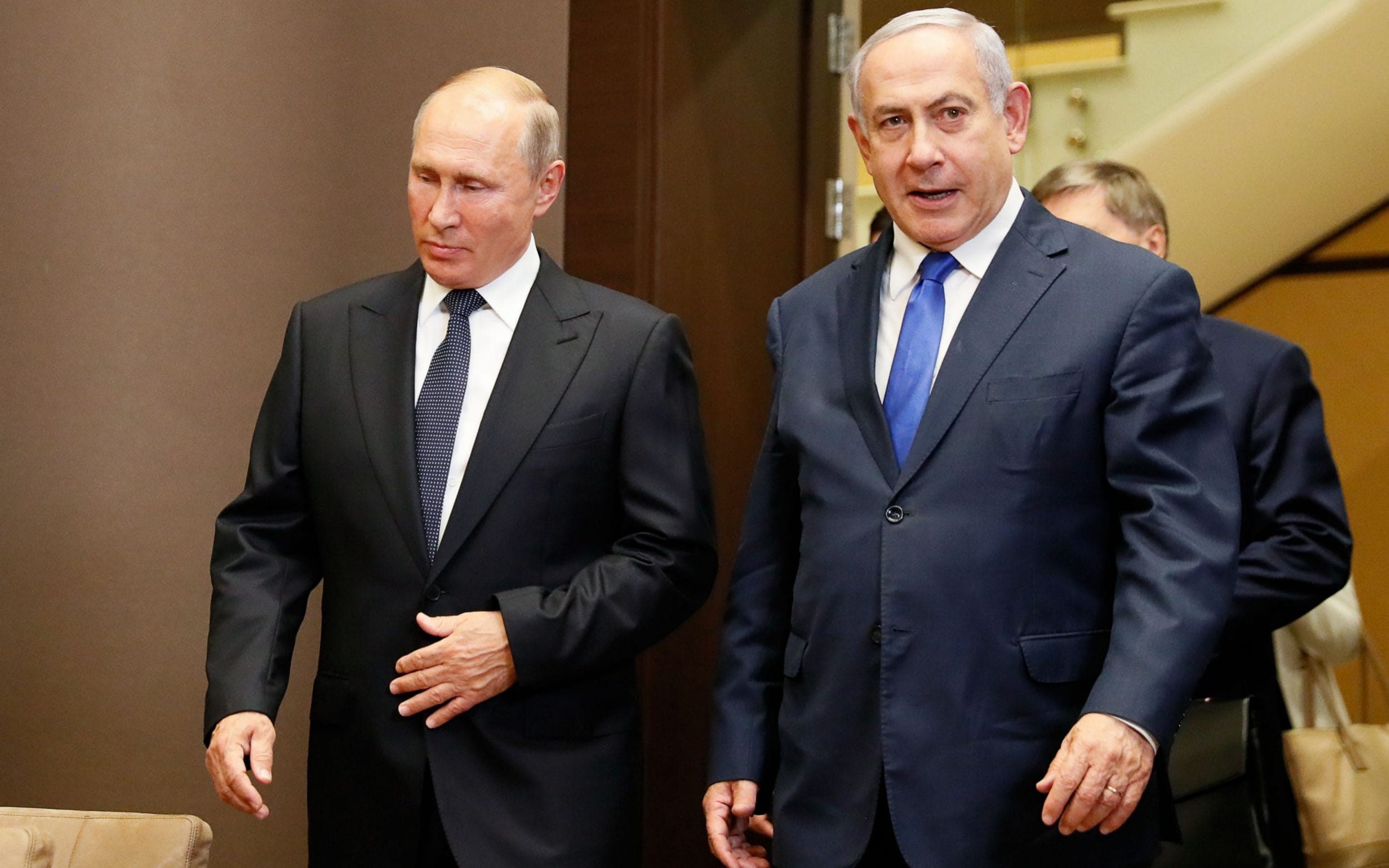 Netanyahu meets Putin as he makes desperate bid for Russian speaking voters ahead of knife-edge election