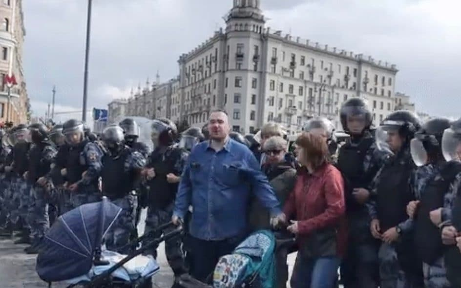 Russian authorities seek to take children of stroller-pushing protesters into care