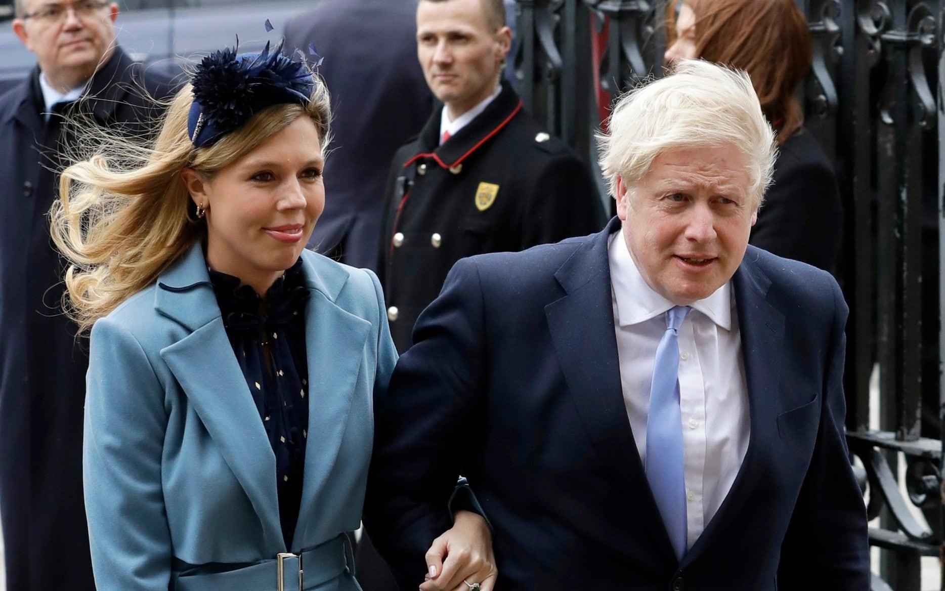Boris Johnsons pregnant fiancee Carrie Symonds suffers coronavirus symptoms