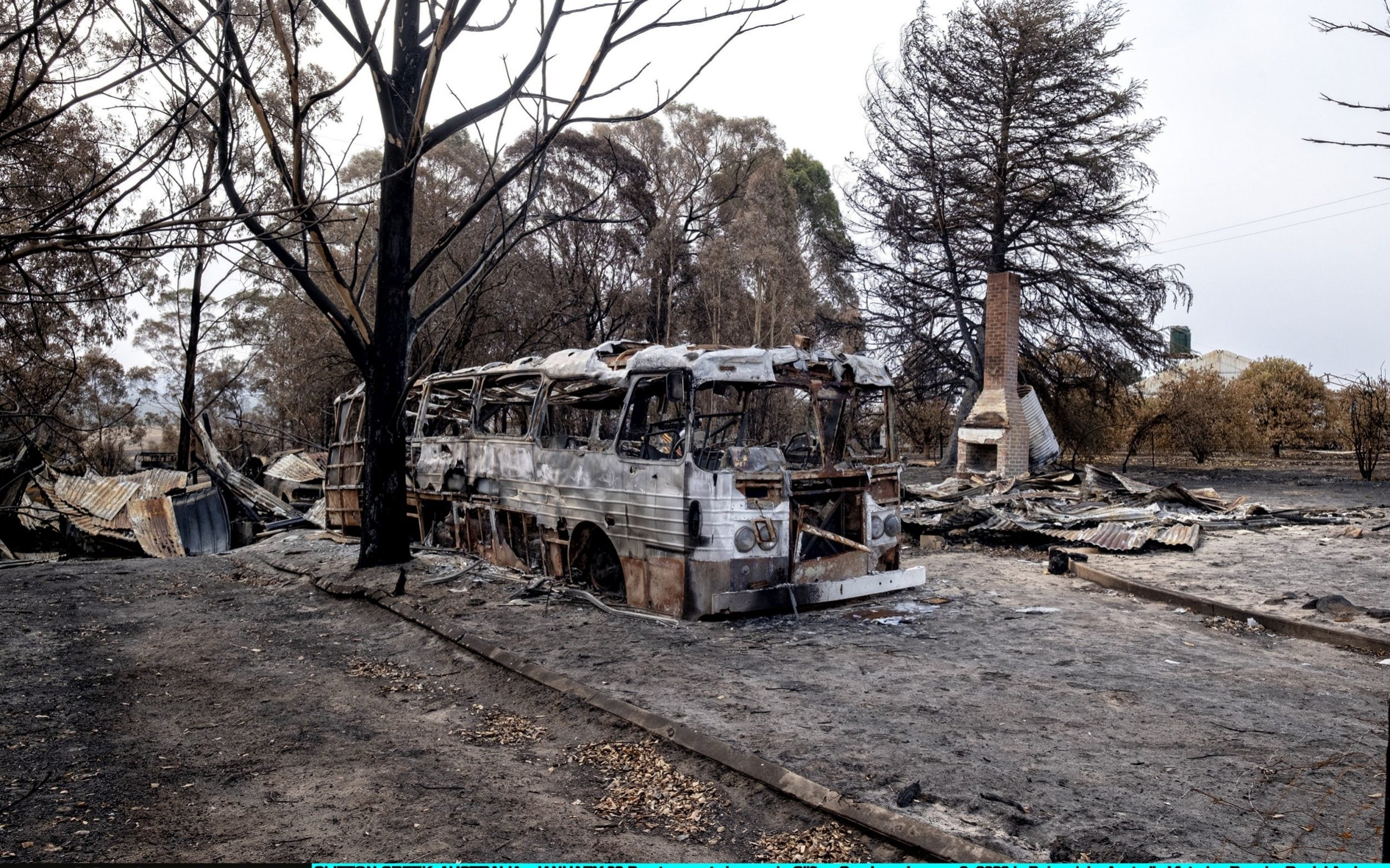 If youre told to leave, you must leave: mass evacuations as Australias bushfires intensify