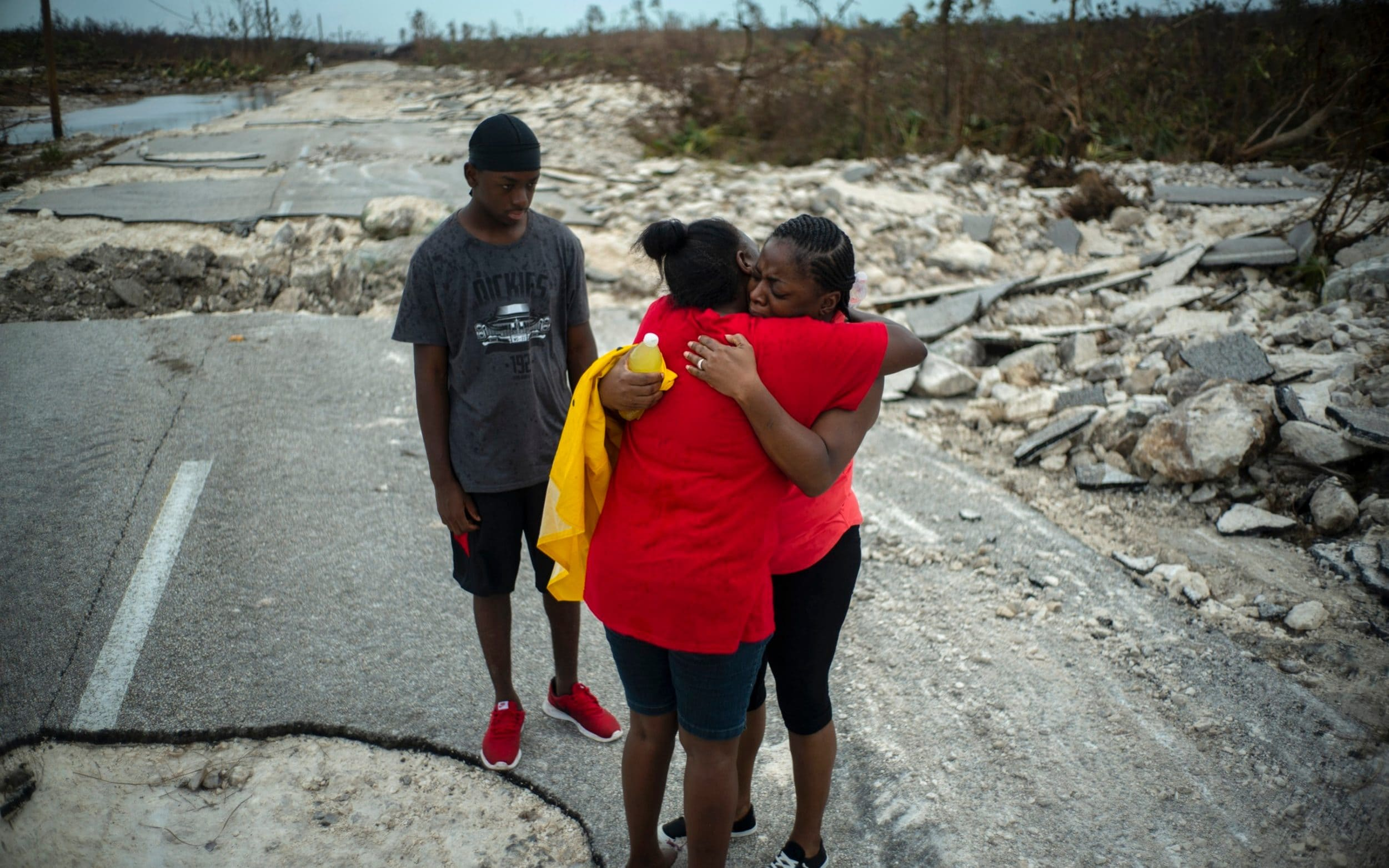 I know what death smells like: fears Bahamas death toll will soar amid search for hundreds still missing
