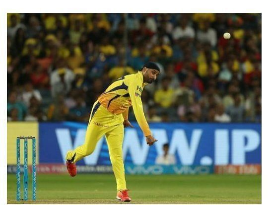 5 Bowlers Who Have Bowled The Most Dot Balls In Ipl History Yahoo Cricket
