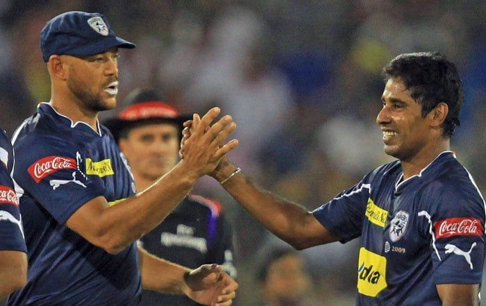 Image result for chaminda vaas deccan chargers sportskeeda