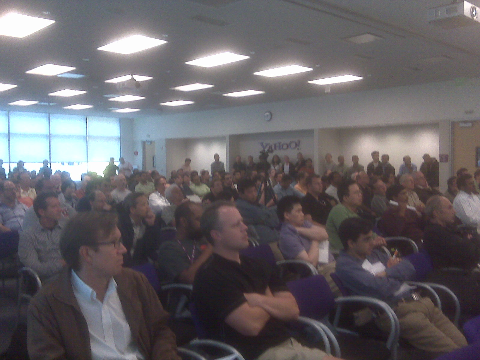 >Hundreds of Hadoop Fans Flock to Yahoo! for  the May Hadoop User Group
