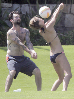 Adam Levine and Nina Agdal (Splash News)