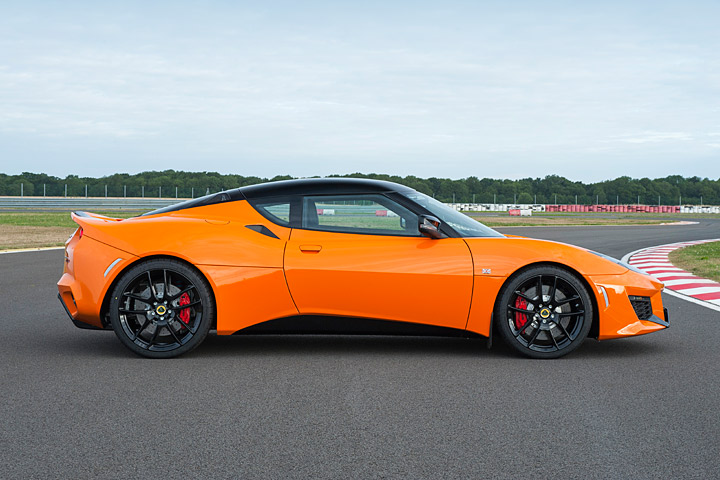an entry level lotus evora is coming to the usa. Black Bedroom Furniture Sets. Home Design Ideas