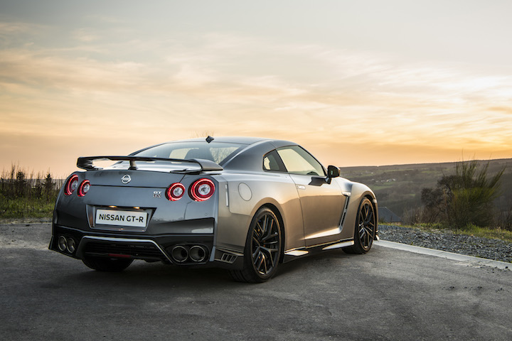 Nissan Gtr 2017 Price >> 2017 Nissan Gt R Gets A Slight Price Hike