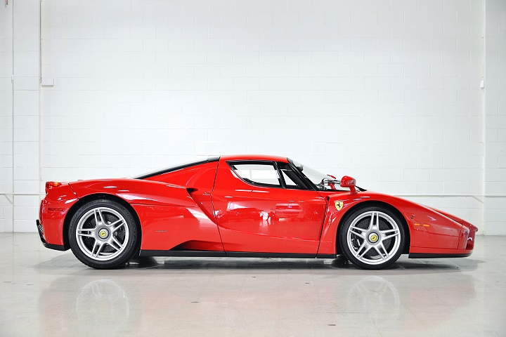 You Can Buy a Ferrari Enzo With Just 354 Miles 1c878b54cb