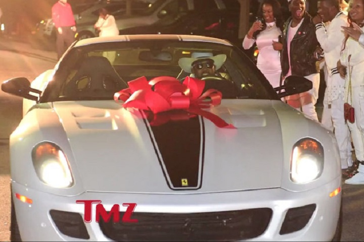 Lil' Wayne's Daughter Got a Ferrari, BMW For Sweet 16