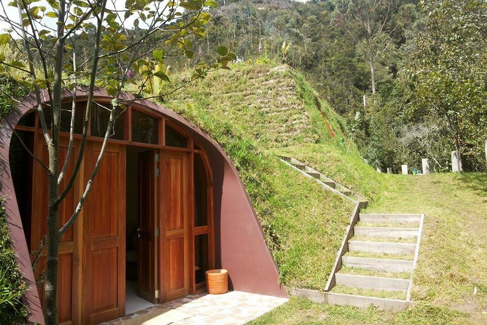 Building Eco Friendly Houses That Resemble Hobbit Like