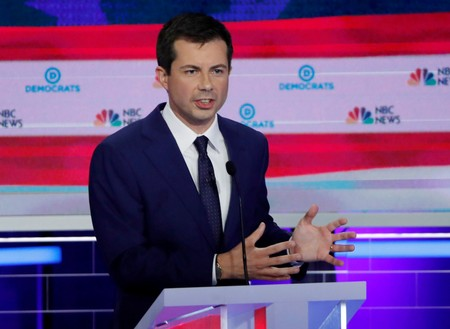 Democrat Buttigieg announces minority-focused small business investment plan