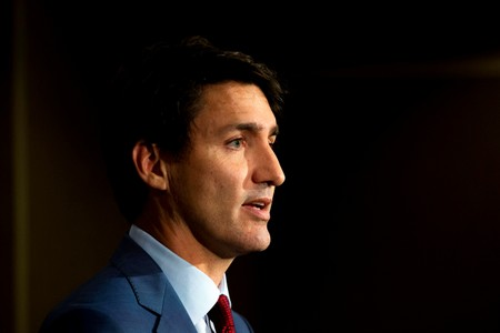 Canadas Trudeau pledges lower taxes, cellphone costs as blackface scandal hits him in polls