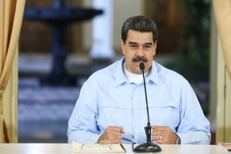 Venezuelas Maduro warns of Colombia attack, orders military exercises