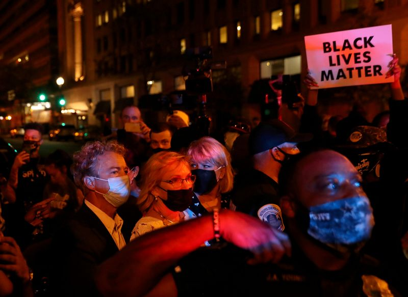 Republican senator, swarmed by protesters after Trump speech, calls for FBI probe