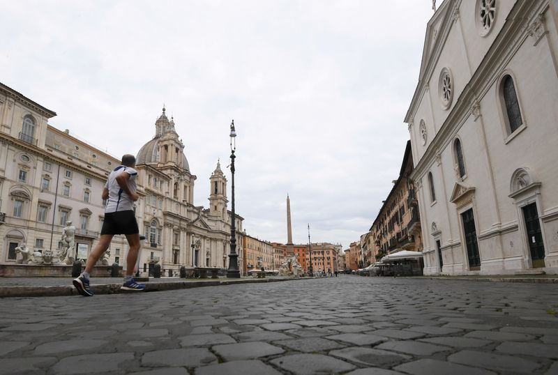 Coronavirus deaths fall again in Italy but lockdown extension looms