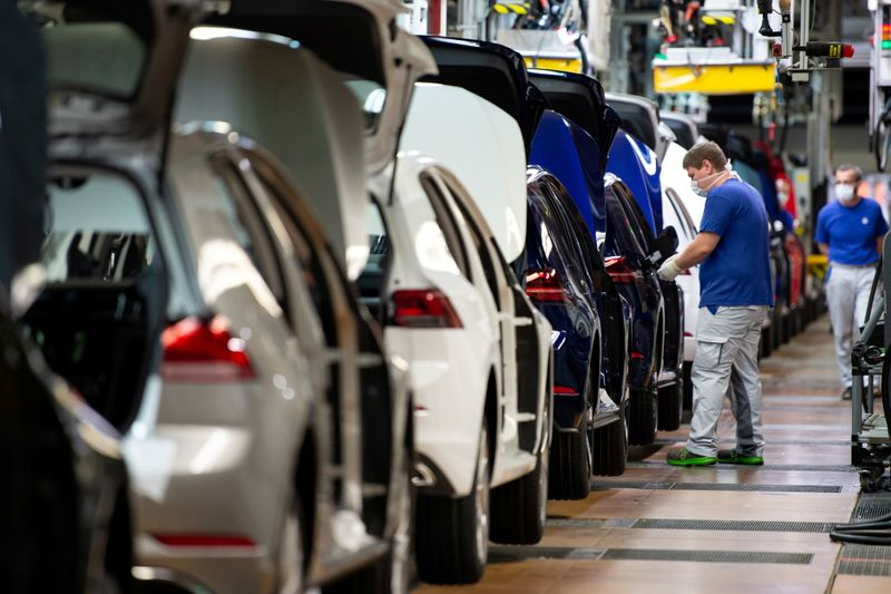 German economy starting to see light at end of tunnel - Ifo economist