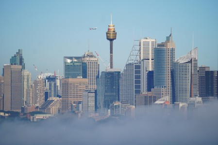 Heavy fog causes flight delays, cancellations at Sydney Airport